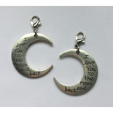 "Klik-aan hanger met tekst  ""I love you to the moon and back"""