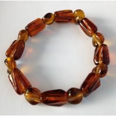 Armband bruin met glaskralen