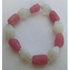 Armband roze/wit met glaskralen