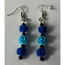 Oorbellen roosjes donkerblauw en aquablauw