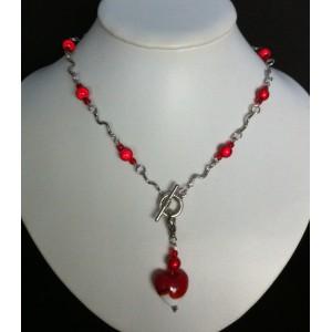 Ketting schakel rood  zilverkleur met klik-aan hanger met hart
