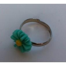 Ring verstelbaar met groene margriet