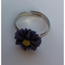 Ring verstelbaar met paarse margriet