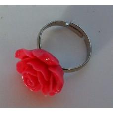 Ring verstelbaar met  fel roze roos