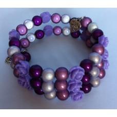 Zelf-maak-pakket spiraal armband paars met lila roosjes en bedels